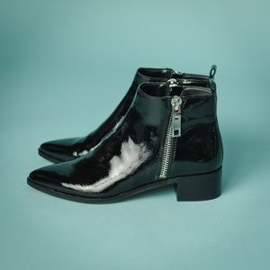 Dolce Vita Size 8 Black Patent Leather Ankle Boots
